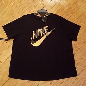 NWT plus size Nike tee